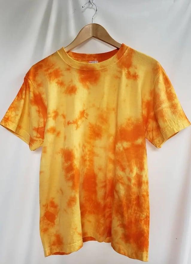 ムラ染めTシャツオレンジ色